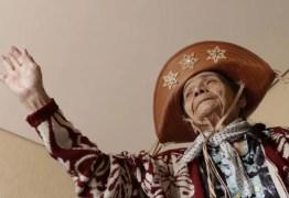 Idosa relembra dor de vida nômade na caatinga
