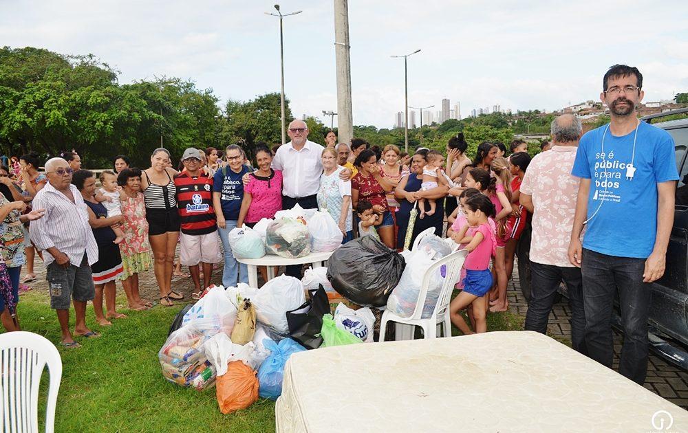 EntregaDoações ComunidadeSãoRafael OIS 3815 1 1000x630 1 - Sindicato dos Bancários entrega doações às vítimas das chuvas na comunidade Padre Hildon Bandeira