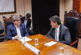 EM BRASÍLIA: João Azevedo se reúne com ministro e anuncia assinatura de termo para VLT de Campina Grande