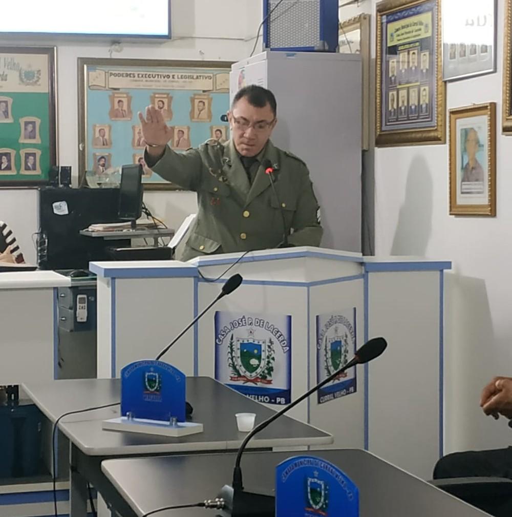 SUPLENTE 7 VOTOS - Suplente que teve apenas sete votos toma posse em Câmara Municipal da Paraíba
