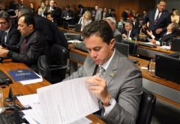 Comissão aprova projeto de Veneziano que garante benefícios do Bolsa Família para abrigos de crianças e adolescentes