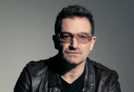 Durante show, vocalista do U2 compara Bolsonaro a diabo