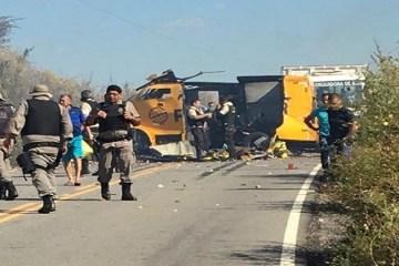 carro forte - Bandidos explodem carro forte em Jericó e PM da Paraíba e Rio Grande do Norte fazem buscas - VEJA VÍDEO