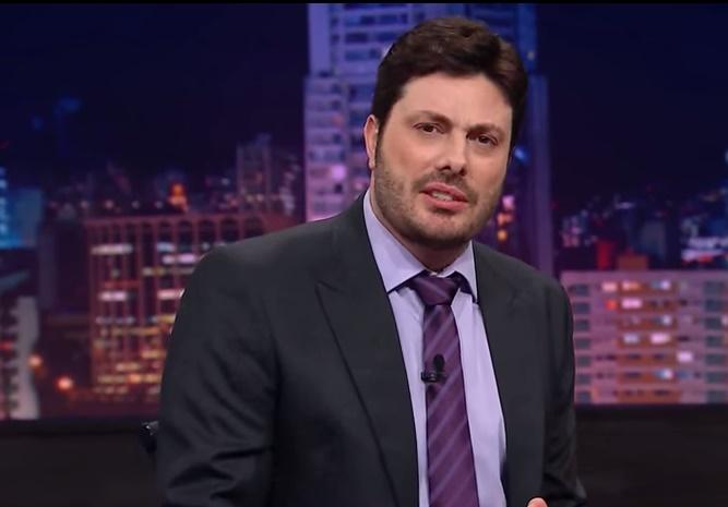 danilo gentili - Danilo Gentili diz que foi demitido do SBT por criticar Eduardo Bolsonaro