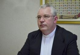 """Arcebispo brasileiro é acusado de liderar """"infiltração esquerdista"""" na Igreja"""