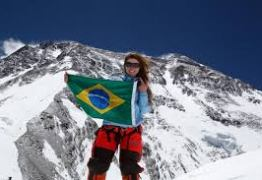 Brasileira pode ser a primeira mulher sul-americana a escalar a montanha mais perigosa do mundo