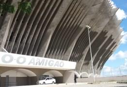 Bandidos levam fios de cobre do Amigão e último jogo de Marcelinho Paraíba pode ser antecipado