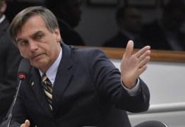 Bolsonaro diz que pai de Santa Cruz foi executado 'pela esquerda, e não por militares'; certidão de óbito atesta morte pelo Estado