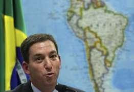 'Não vou fugir desse país', afirma Glenn em ato a seu favor no Rio