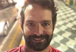 Ex-galã da Globo vira motorista de aplicativo de carro