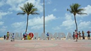 orla cabobranco fto dayseeuzebio 300x169 - João Pessoa está entre os dez destinos de viagens mais procurados pelos brasileiros em 2019