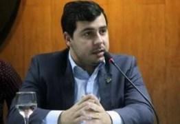 APÓS VIGILÂNCIA DA PF: vereador de Campina Grande presta depoimento e alega inocência em esquema de fraude