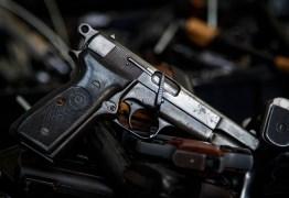 """MP vê """"perigo à segurança"""" e vai à Justiça contra decretos das armas"""