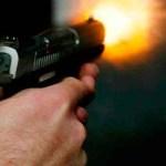 uso arma fogo 1 - Comerciante é baleado após reagir a tentativa de assalto em João Pessoa