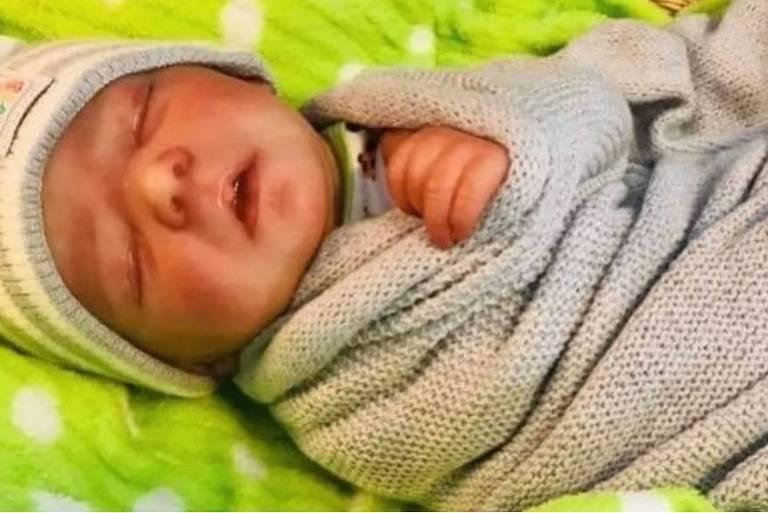 15662225705d5aa8ea8de53 1566222570 3x2 md - Casal finge morte de bebê com boneca Reborn para arrecadar dinheiro