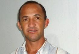 Com sintomas de embriaguez, prefeito paraibano é preso após desacatar e agredir policial militar durante evento