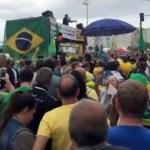 1 marcelo madureira 12813278 - Ex-Casseta Marcelo Madureira critica Bolsonaro sai escoltado pela PM de ato contra lei de abuso - VEJA VÍDEO