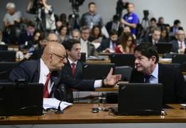 EXPLORAÇÃO DE PETRÓLEO: CCJ do Senado aprova dividir recursos com estados e municípios