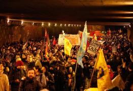 PROTESTO: Atos contra Bolsonaro levam milhares às ruas pelo Brasil