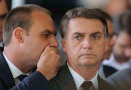 'MEU GAROTÃO': Não quero submeter meu filho ao fracasso, diz Bolsonaro sobre Eduardo