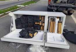 GELADEIRA RECHEADA: PRF apreende carro roubado com 250Kg de drogas escondido em eletrodoméstico