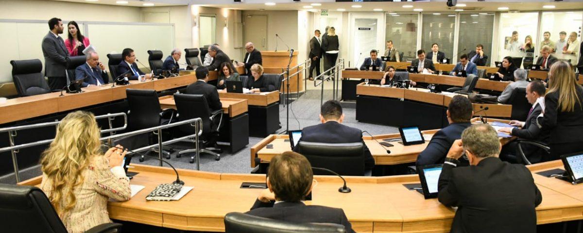 ALPB 7 1200x480 - Deputados retomam trabalho em plenário após 41 dias de recesso