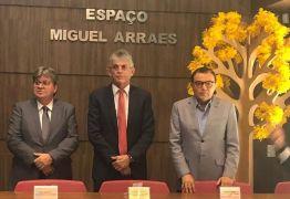 'HÁ ESPAÇO PARA AMBOS': Carlos Siqueira conversa com João e Ricardo e aposta em solução pacífica para crise no PSB da Paraíba