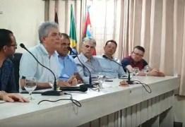 Ricardo convoca paraibanos para ato em prol da transposição e diz que Nordeste pode impor derrota 'a essa coisa estúpida que está ai'