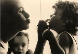 Filha de Fernanda Young, Estela May se despede com texto emocionante