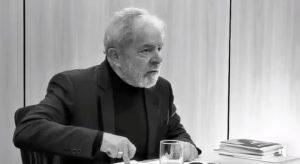 LULA ENTREVISTA PRISÃO 300x164 - Preso em Curitiba, Lula diz que 'maior prazer' seria ver Sérgio Moro ir para a cadeia; VEJA VÍDEO