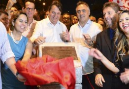 Luciano Cartaxo entrega Praça Pedro Gondim no bairro da Torre