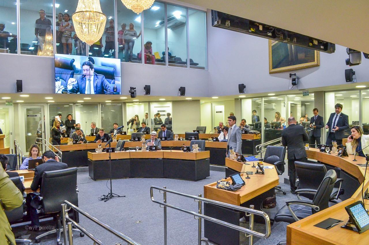 Pronunciamento foi feito na sessão desta terça feira - Jeová concorda com posição do governador em não se envolver com questões do PSB