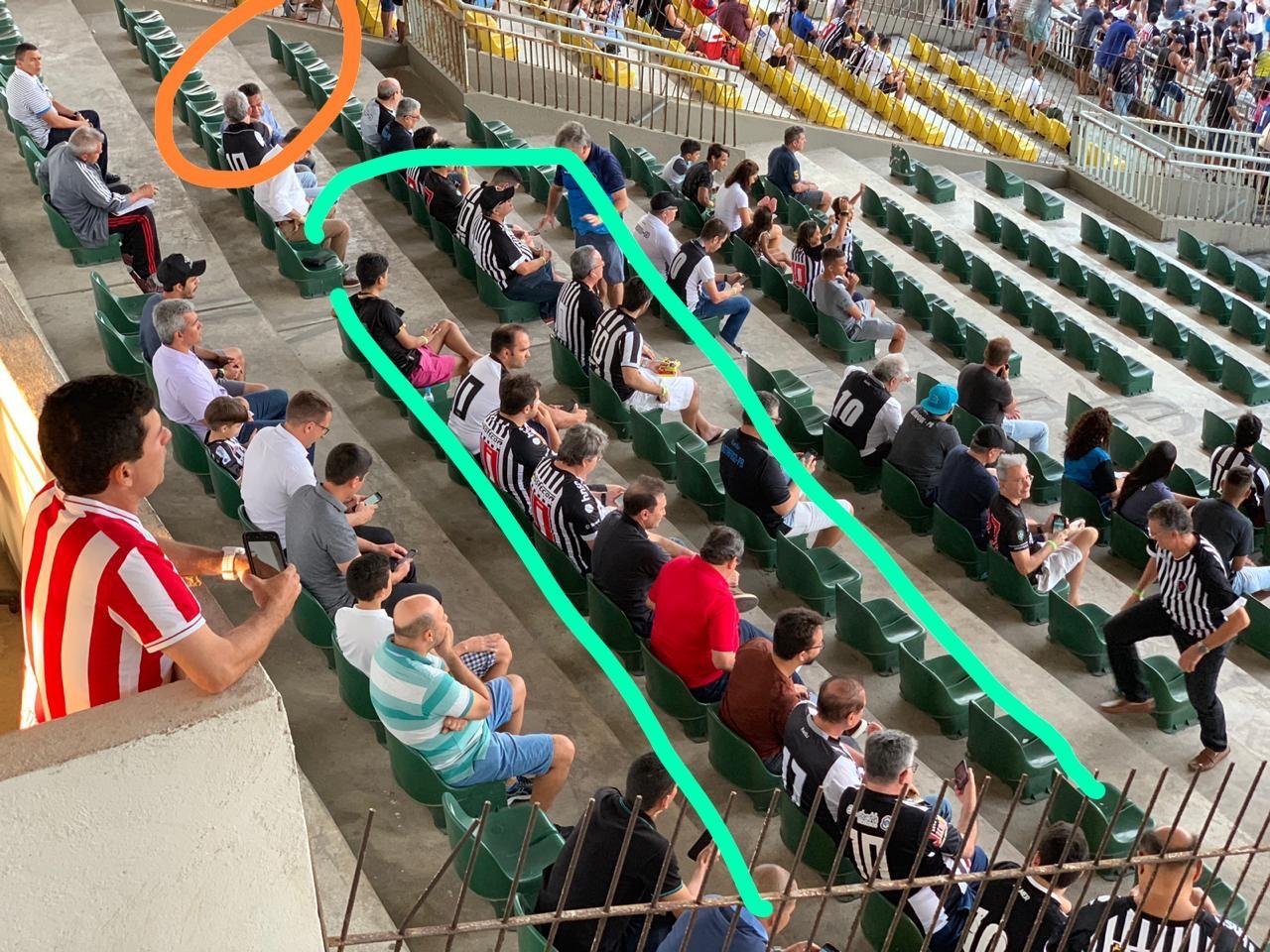 acdc13d3 1a10 417d a7c1 1277c61fbc18 - João Azevedo e Ricardo Coutinho se evitam no jogo do Belo e aumentam rumores de crise no PSB - VEJA VÍDEO
