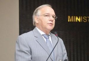 arnobio viana 300x204 - Presidente do TCE-PB confirma envio de relatório sobre Cruz Vermelha ao Ministério da Justiça