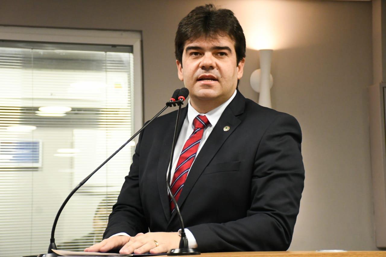 eduardo carneiro - ELES BOMBAM NAS REDES! Deputados estaduais da PB fazem sucesso na internet; bolsonaristas são os mais seguidos - VEJA