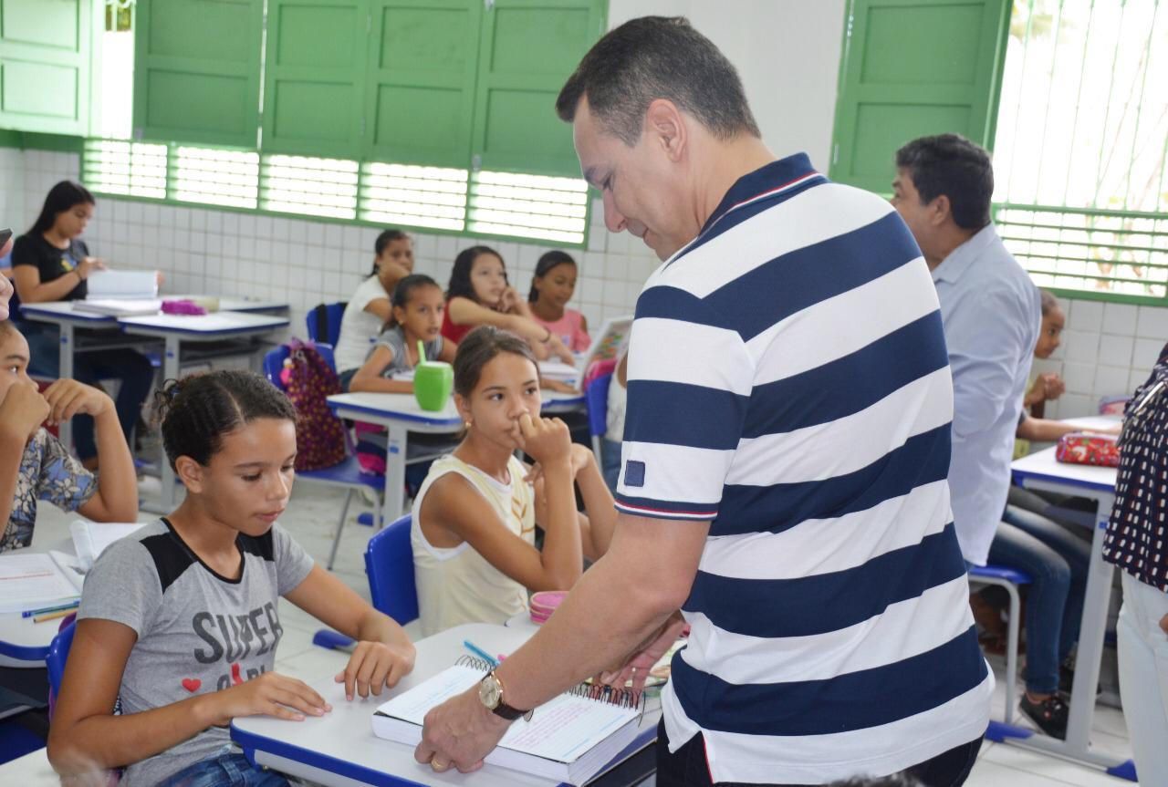 ep1 - Prefeito vistoria obras e ações em Santa Rita
