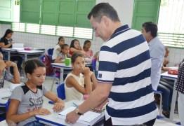 Prefeito vistoria obras e ações em Santa Rita