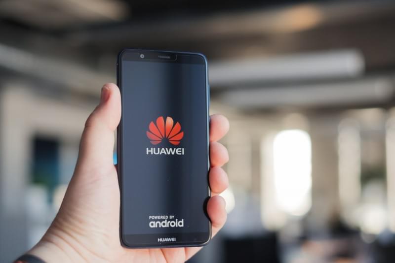 huawei - Huawei anuncia investimento de 800 milhões de dólares no Brasil e planos para revolucionar educação
