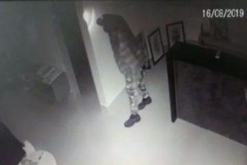 ladrão e1566238701880 - Câmeras de segurança flagraram arrombamento de escritório de Ricardo Coutinho - VEJA VÍDEO