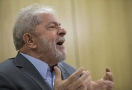 Defesa de Lula recorre ao Supremo contra transferência de petista para São Paulo