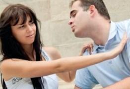Mulher tenta se divorciar de marido por causa de 'amor exagerado'