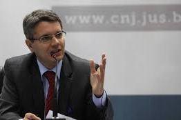 Sindicato da PF diz que Bolsonaro foi 'desrespeitoso' e 'atentou contra a autonomia' da instituição