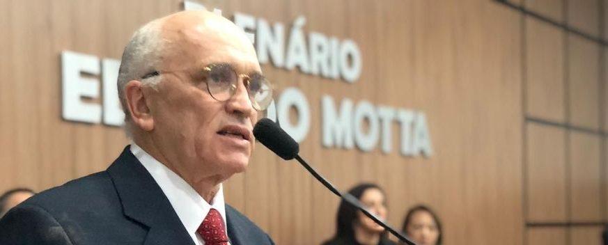 whatsapp image 2019 08 23 at 191612 e1566599080356 - Ivanes Lacerda é eleito prefeito interino de Patos