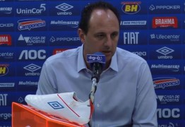 Árbitro registra arremesso de objeto em campo e Cruzeiro pode sofrer punição