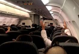 SUSTO: avião apresenta falha e passageiros rezam 'Pai nosso' e 'Ave Maria' em pleno voo; VEJA VÍDEO