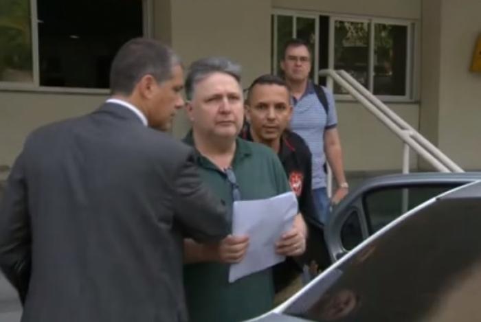 1 garotinho 13002189 - Justiça do Rio concede habeas corpus aos ex-governadores Rosinha e Garotinho