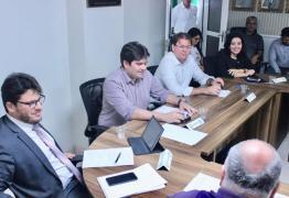 Receita vai analisar demandas apresentadas pelo setor produtivo de Campina durante reunião da Frente Parlamentar