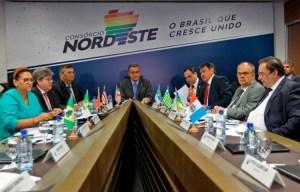 750 consorcio nordeste 201972917345587 300x192 - Governadores do Nordeste debatem em Natal ampliação da conexão de internet em banda larga na região
