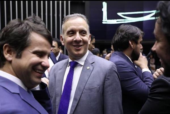 9ba71748 f8fd 42f2 8cca 77f0ad3642cb - Aguinaldo Ribeiro comemora aprovação de parte da PEC da cessão onerosa