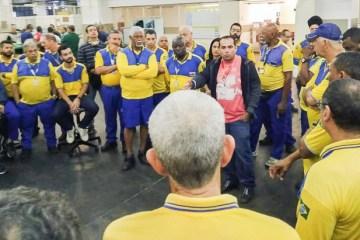 Funcionários dos Correios realizam manifestação em João Pessoa neste terça